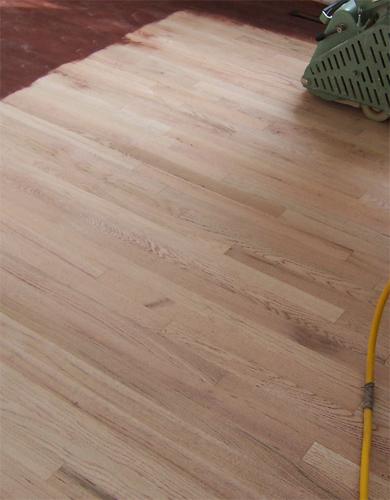 Sanding & refinish Wood flooring
